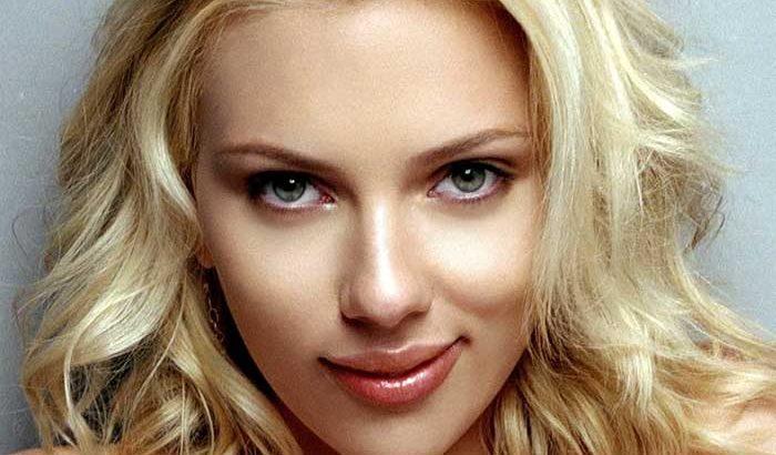 Scarlet Johansson แม่พระแห่ง Hollywood